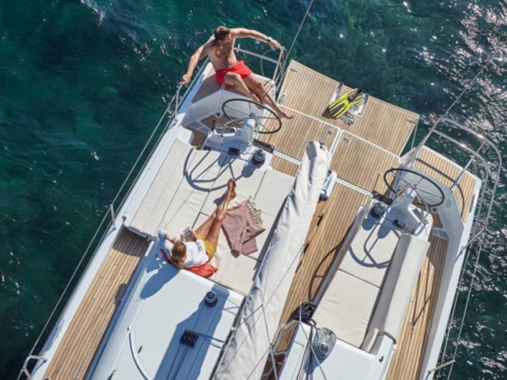 Rental Sailboat in Nikiti - Jeanneau Sun Odyssey 440