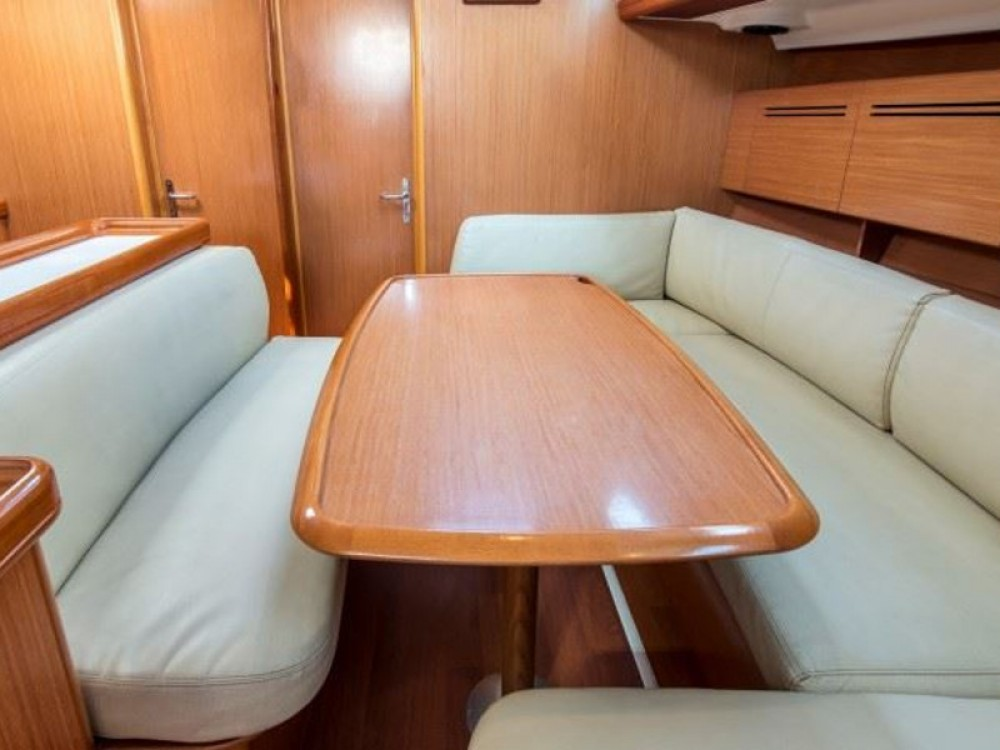 Boat rental Bénéteau Cyclades 50.5 in Nikiti on Samboat