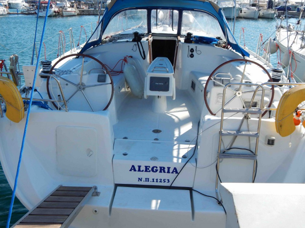 Rental Sailboat in Álimos - Bénéteau Cyclades 50.5