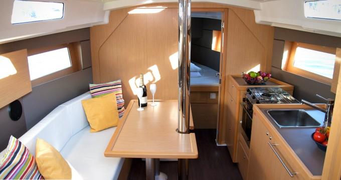 Rental yacht Bocca di Magra - Bénéteau Oceanis 35 on SamBoat