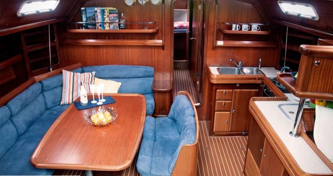 Rent a Bavaria Bavaria 50 Cruiser Bocca di Magra