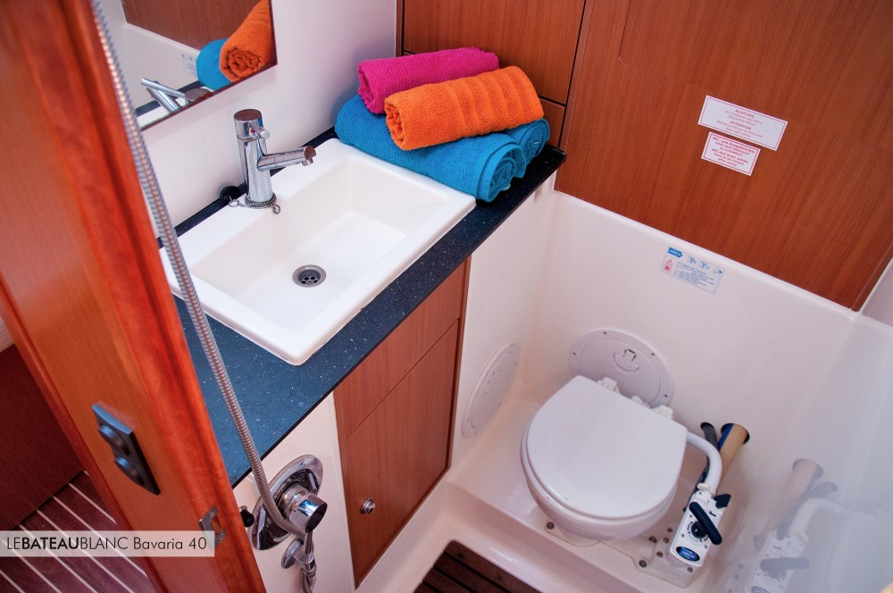 Sailboat for rent Ameglia at the best price