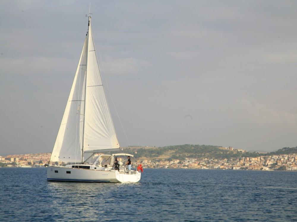 Boat rental Bénéteau Beneteau - Oceanis 38 in Marmaris on Samboat