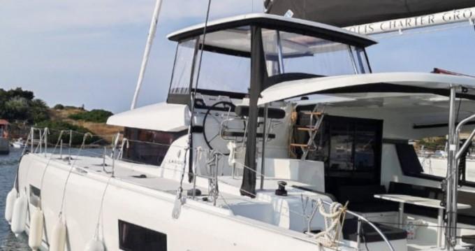 Boat rental Lagoon Lagoon 42 in Gouvia on Samboat
