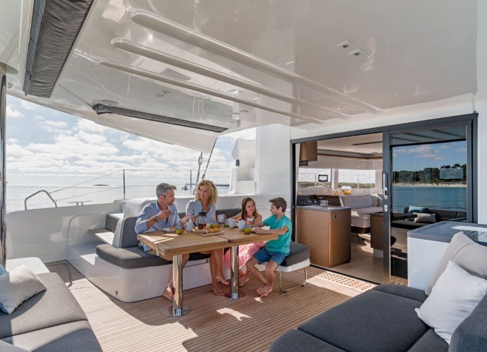 Hire Catamaran with or without skipper Lagoon PREVEZA MARINA