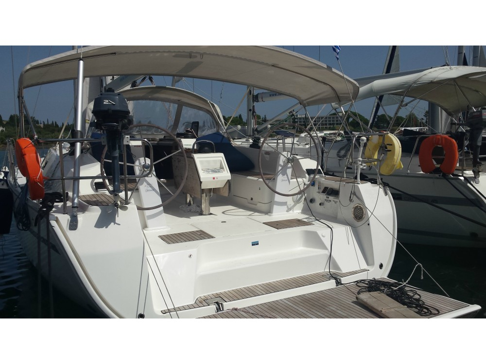 Boat rental Alimos Marina cheap Bavaria Cruiser 46