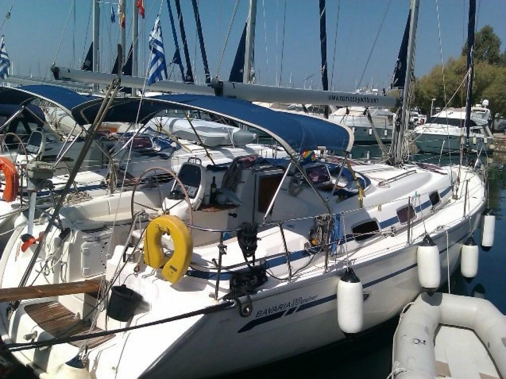 Boat rental Bavaria Bavaria 39 Cruiser in Alimos Marina on Samboat
