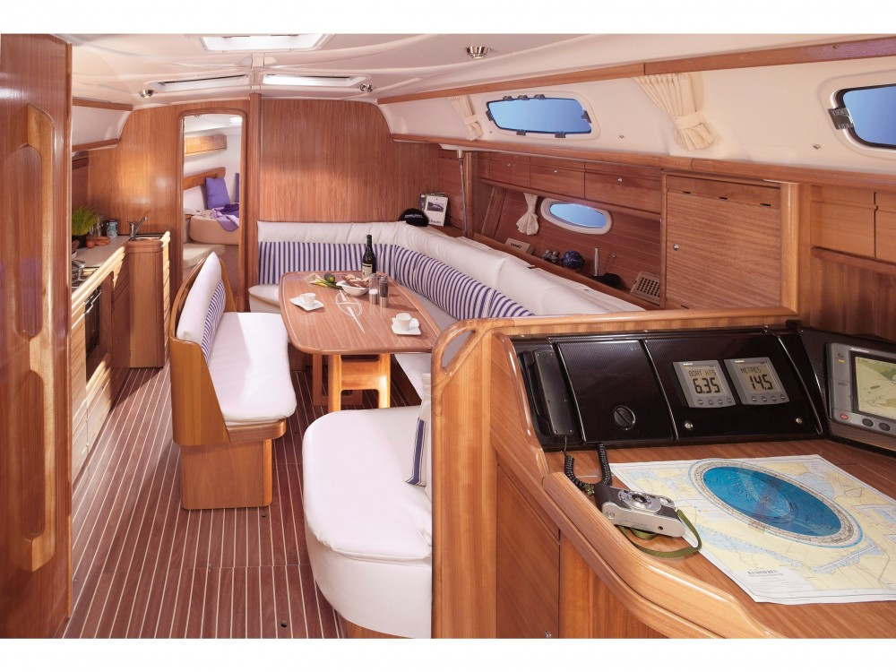 Bavaria Bavaria 39 Cruiser between personal and professional Alimos Marina