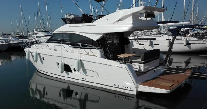 Boat rental Alimos cheap Bavaria Virtess 420 Fly
