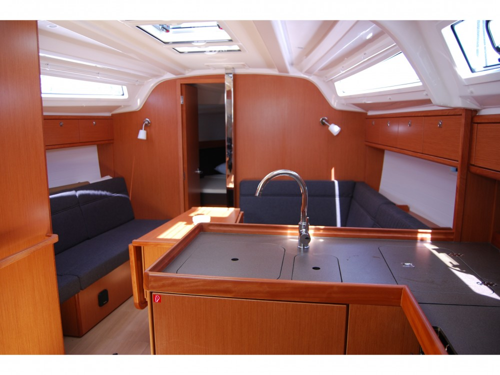 Bavaria Bavaria Cruiser 37 between personal and professional Marina Gouvia