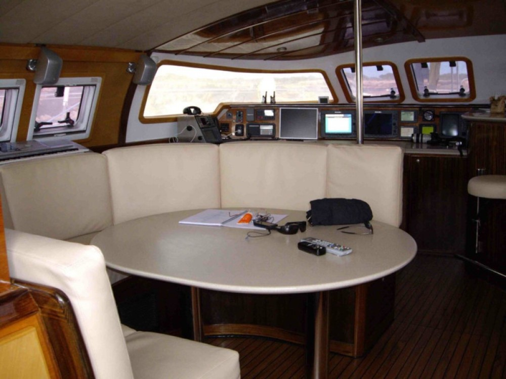 Hire Catamaran with or without skipper Fountaine Pajot Sant Antoni de Portmany