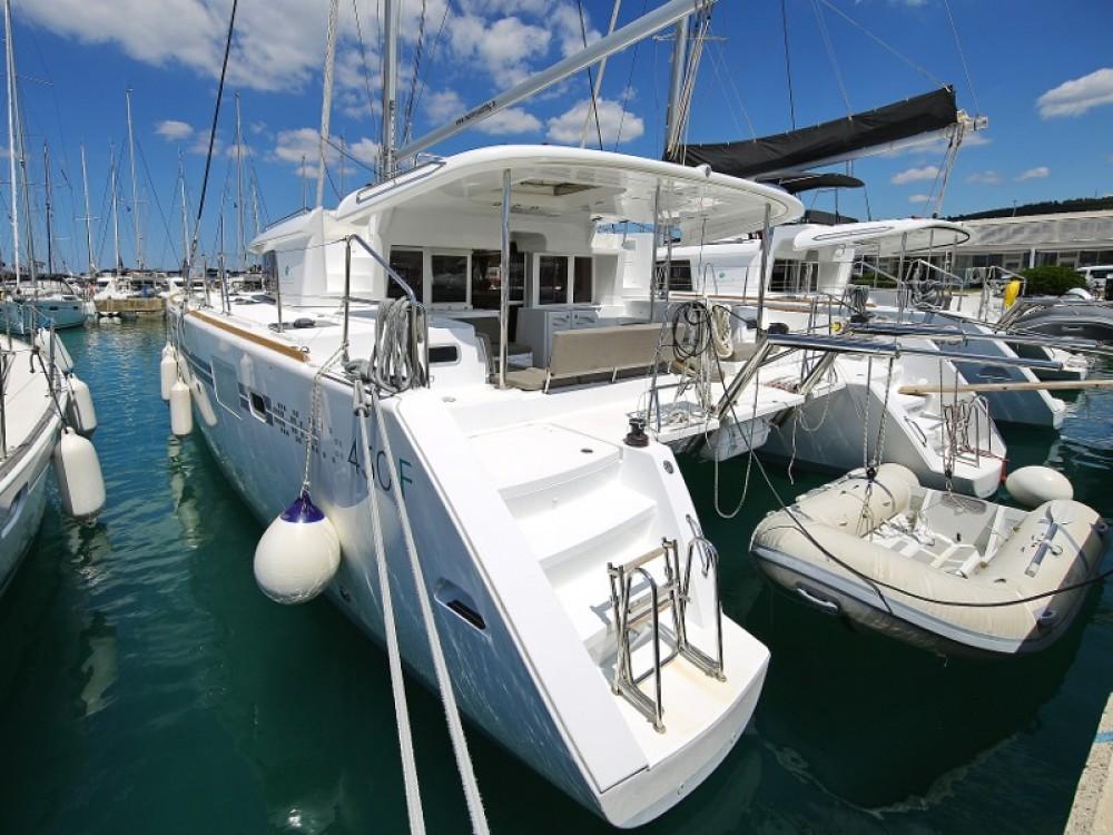 Rent a Lagoon Lagoon 450  Flybridge Marina Pirovac