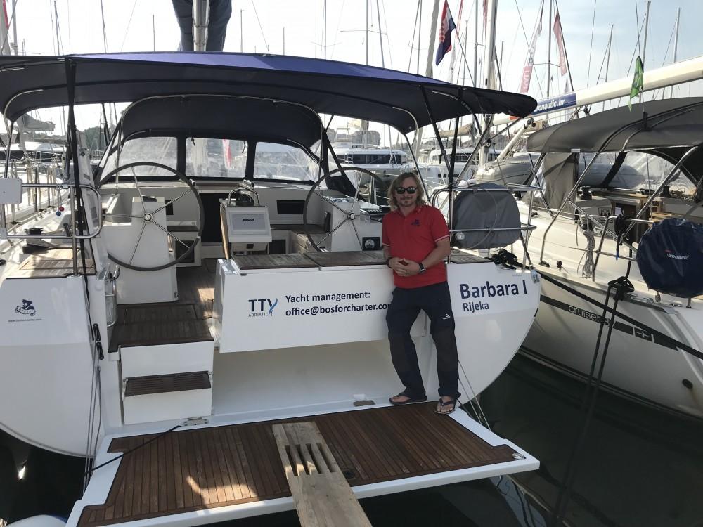 Boat rental Marina Pirovac cheap Bavaria C45 Holliday