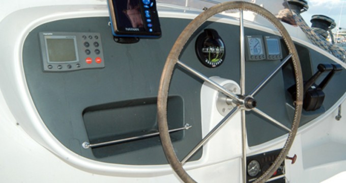 Hire Catamaran with or without skipper Fountaine Pajot Cienfuegos