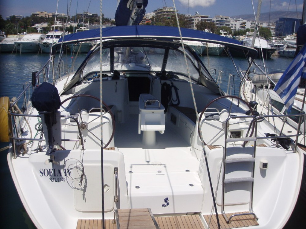Rental Sailboat in Alimos Marina - Bénéteau Cyclades 50.5