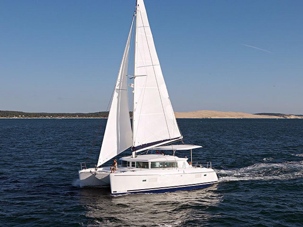 Rental yacht Alimos Marina - Lagoon Lagoon 420 on SamBoat