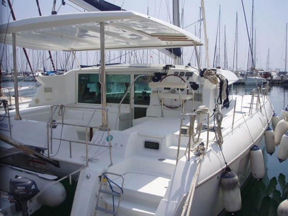 Rental Catamaran in Alimos Marina - Lagoon Lagoon 420