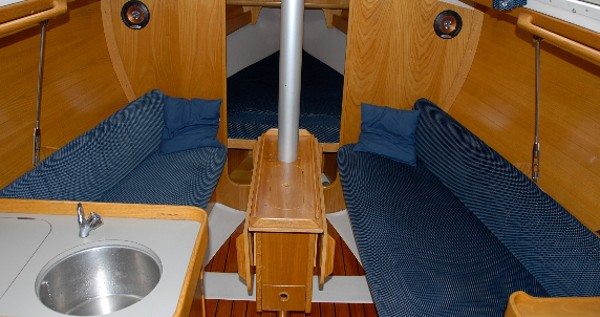 Hire Sailboat with or without skipper Bénéteau Yerseke