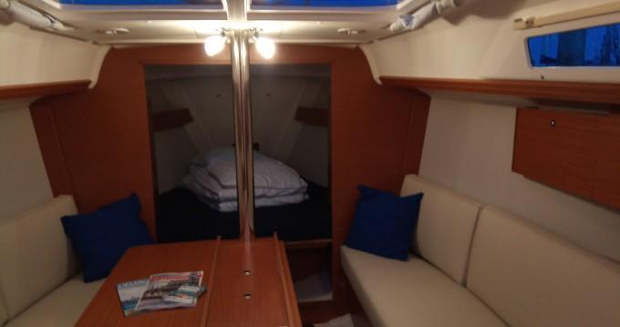 Rental yacht Yerseke - Dufour Dufour 310 Grand Large on SamBoat