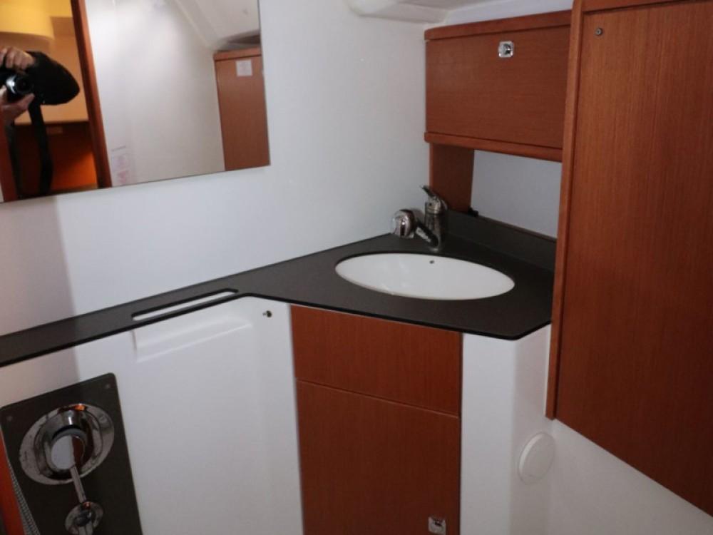 Boat rental Yerseke cheap Bavaria 46