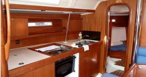 Rental yacht Yerseke - Dufour Dufour 365 Grand Large on SamBoat