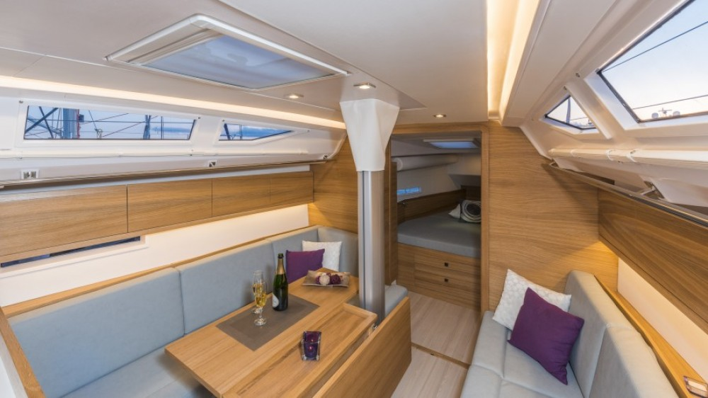 Rental yacht Palma - Salona Salona 380 Performance on SamBoat