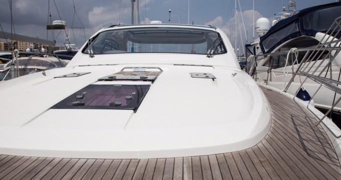 Boat rental Bavaria Bavaria 43 HT Sport in Palma de Mallorca on Samboat