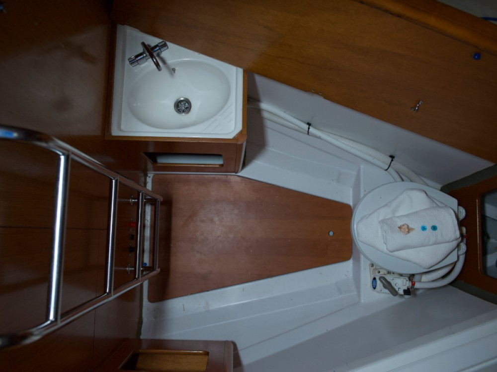 Rental yacht Rhodes - Bénéteau Cyclades 50.5 on SamBoat