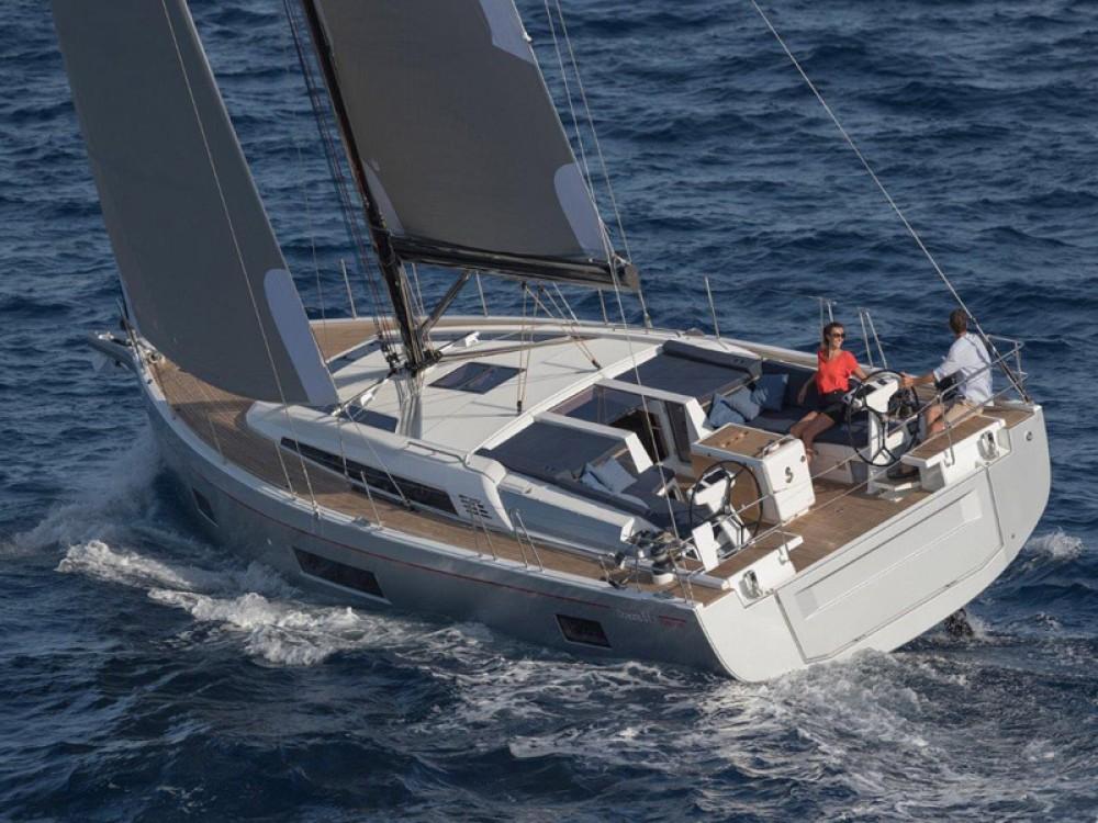 Bénéteau Oceanis 51.1 between personal and professional Alimos Marina