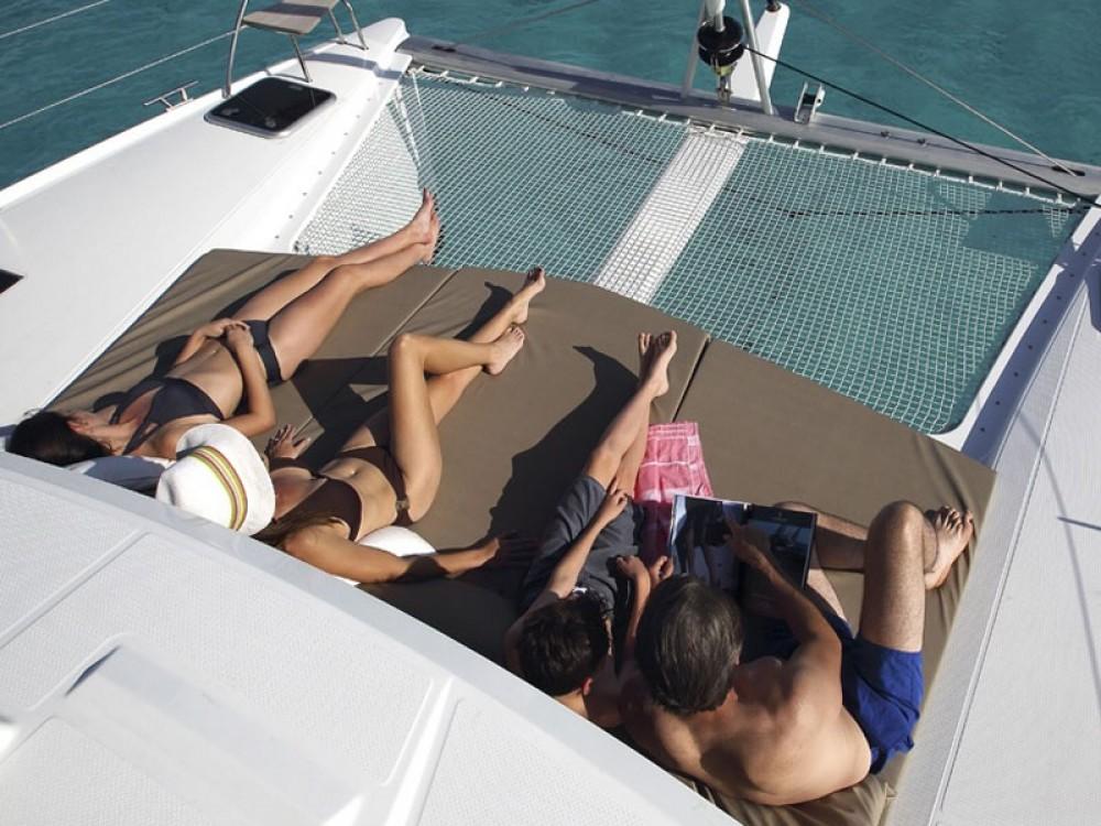 Boat rental Alimos Marina cheap Lucia 40