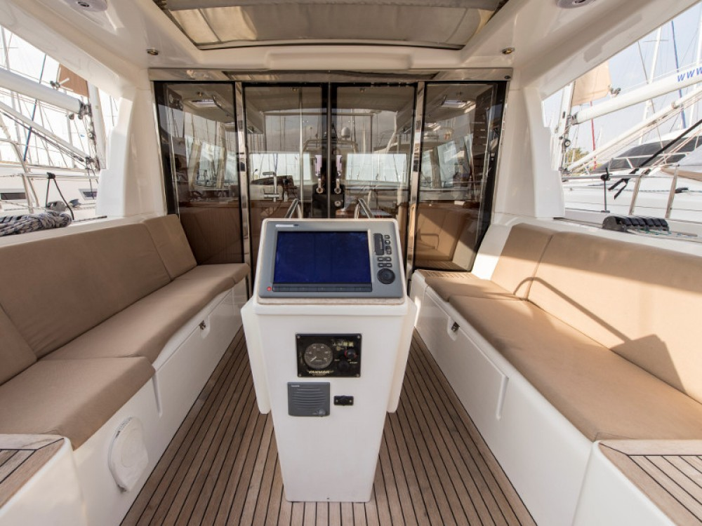 Rental yacht Alimos Marina - Moody Moody DS 45 on SamBoat
