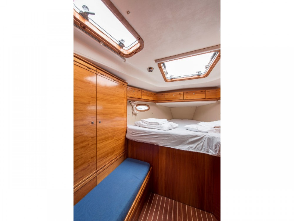 Rental yacht Alimos Marina - Bavaria Bavaria 50 Cruiser on SamBoat