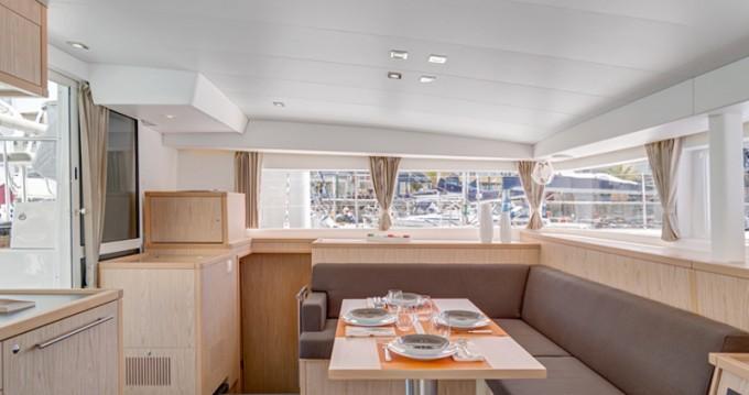 Rental yacht Sant Antoni de Portmany - Lagoon Lagoon 400 S2 on SamBoat