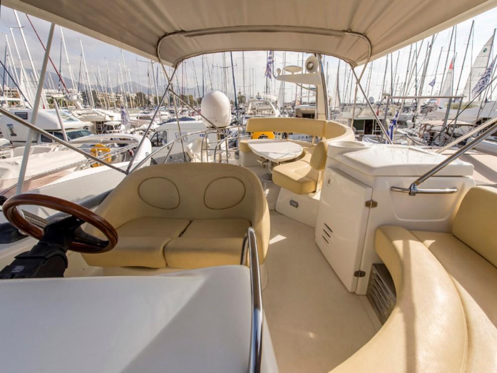 Boat rental Cranchi Cranchi Atlantique 50 in Álimos on Samboat