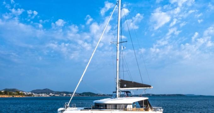 Rental Catamaran in Athens - Lagoon Lagoon 40