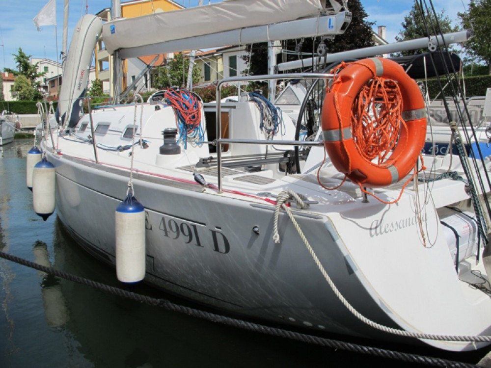 Boat rental  cheap First 36.7