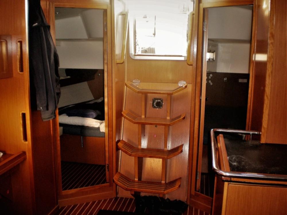 Boat rental Lefkada cheap Bavaria 45 Cruiser