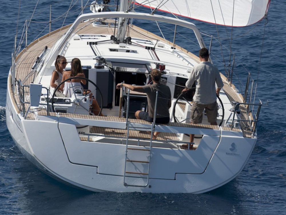 Rental Sailboat in Follonica - Bénéteau Oceanis 45