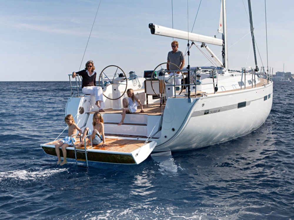 Sailboat for rent Follonica at the best price