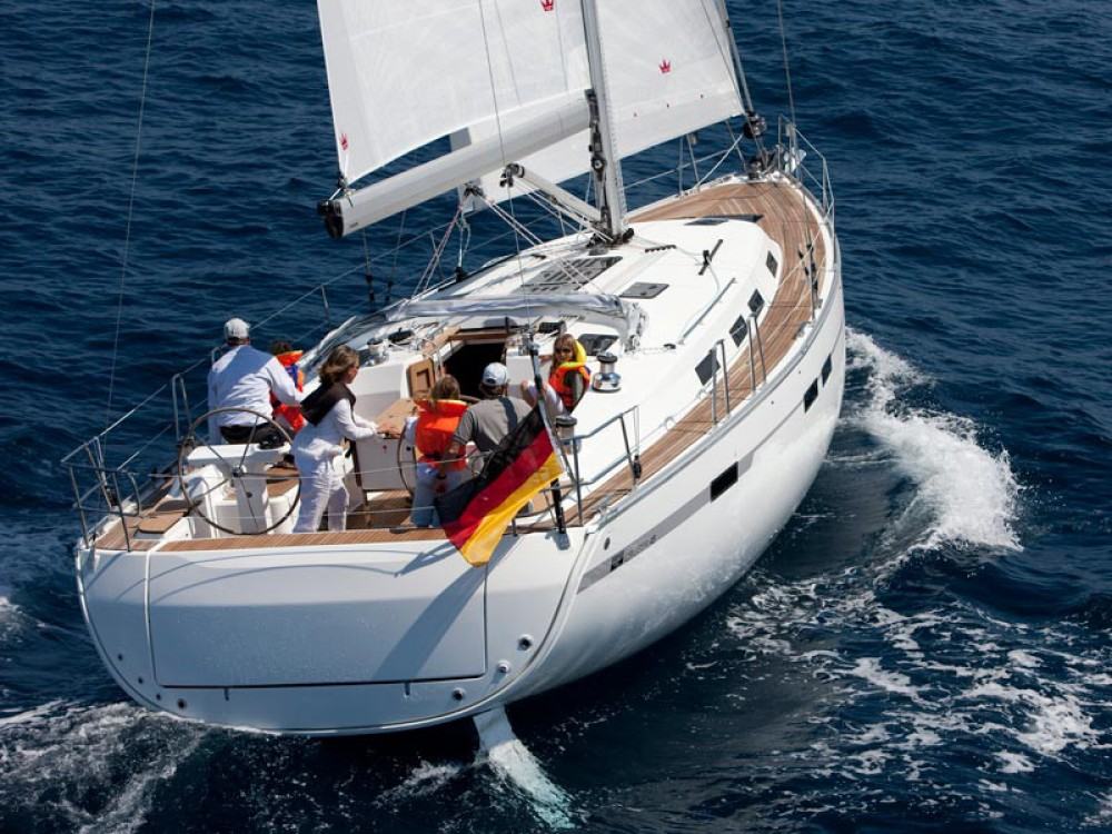 Boat rental Bavaria Bavaria 45 Cruiser in Follonica on Samboat