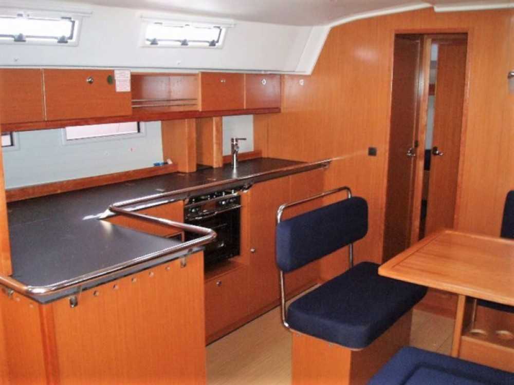 Rental yacht Álimos - Bavaria Bavaria 45 on SamBoat