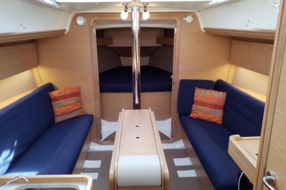 Rental yacht Castiglione della Pescaia - Dufour Dufour 350 Grand Large on SamBoat