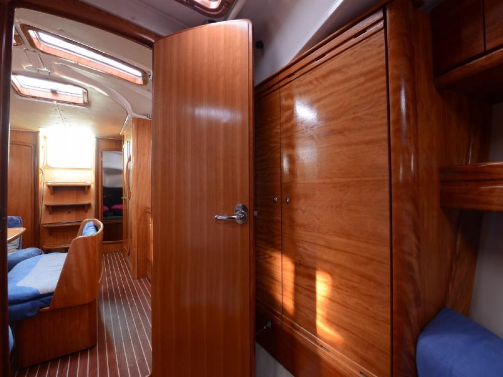 Boat rental Bavaria Bavaria 39 Cruiser in  on Samboat