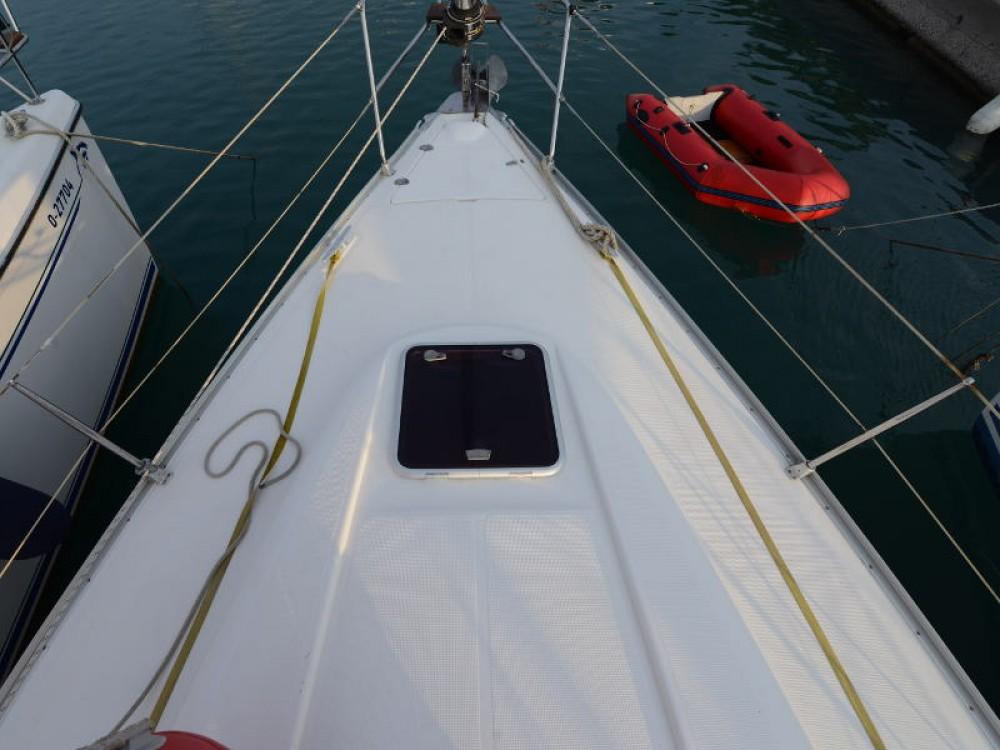 Rental yacht  - Bavaria Bavaria 39 Cruiser on SamBoat