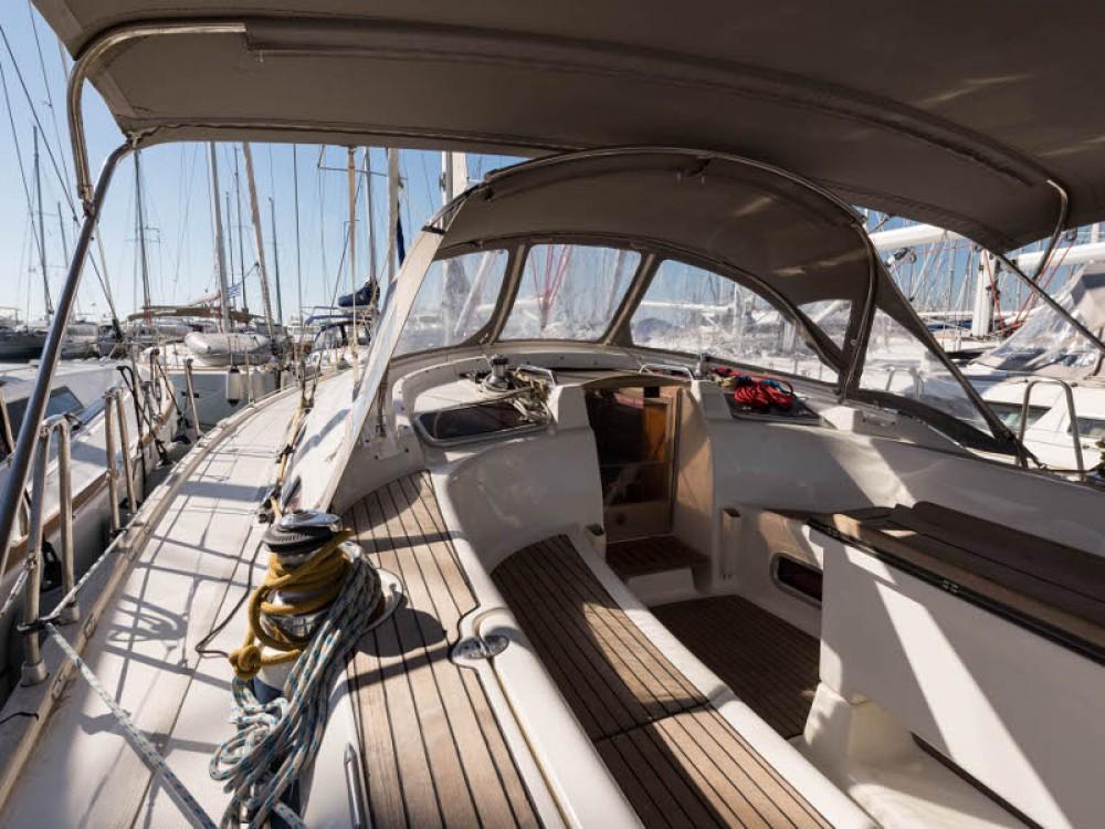 Boat rental Bavaria Bavaria 46 Cruiser in Lefkada on Samboat