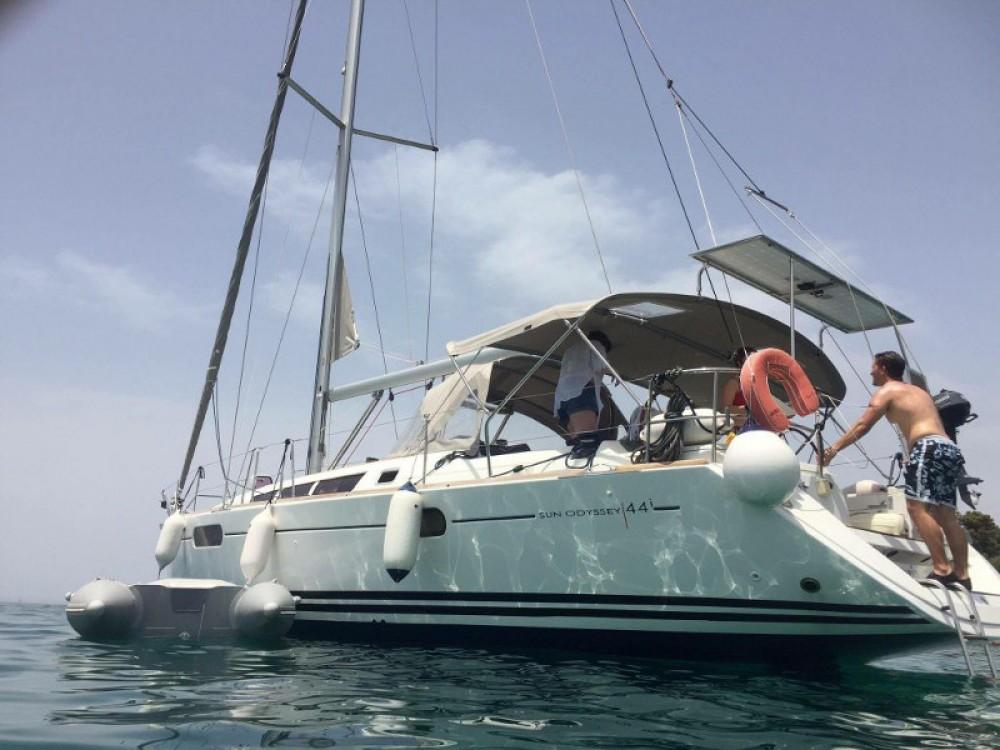 Boat rental Jeanneau Jeanneau Sun Odyssey 44i in Lefkada on Samboat