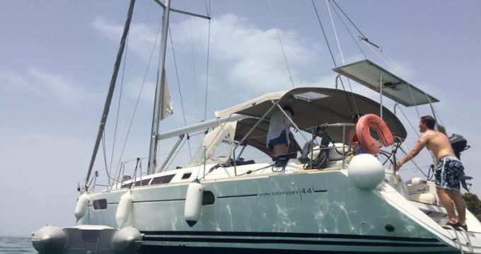 Boat rental Jeanneau Jeanneau Sun Odyssey 44i in Lefkada (Island) on Samboat