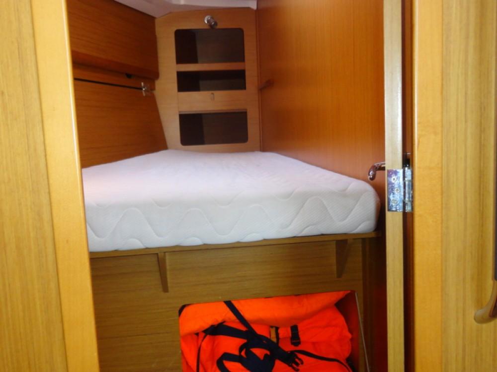 Rental yacht Lefkada - Jeanneau Jeanneau Sun Odyssey 44i on SamBoat