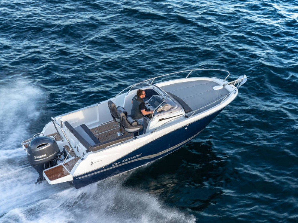 Rental Motor boat in Balearic Islands - Jeanneau Cap Camarat 6.5 WA