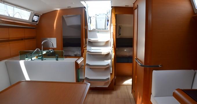 Rental yacht Nettuno - Jeanneau Sun Odyssey 449 on SamBoat